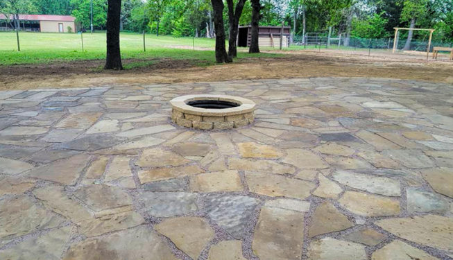 flagstone patio with fire-pit